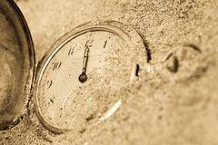 χρυσό ρολόι που βρέθηκε σε αποχέτευση
